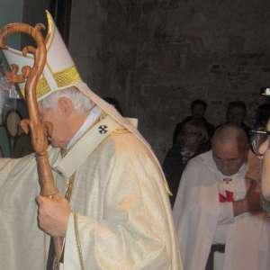 Chiusura Porta Santa ad Ancona con S.Em. Edoardo Card. Menichelli